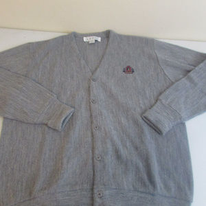 IZOD Mens V Neck Sweater XL Gray Cardigan Crest